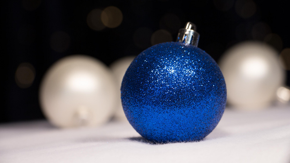 blue-christmas-bauble-small.jpg
