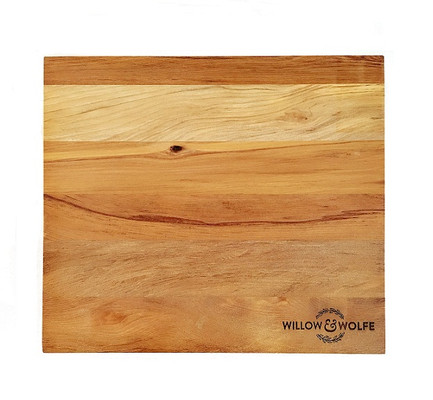 Willow and Wolfe Solid Rimu Chopping Board