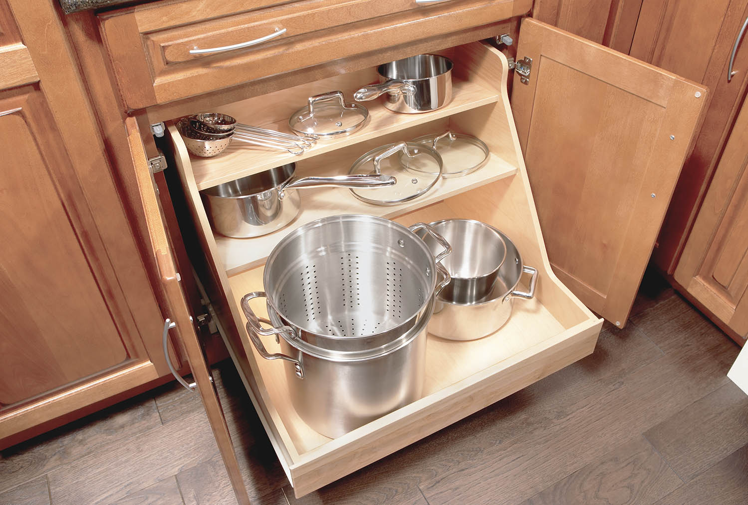 Pull-Out Trays
