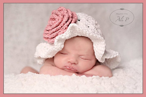 Floppy Beach Hat with Flower Knitted Hats (Set of 2)