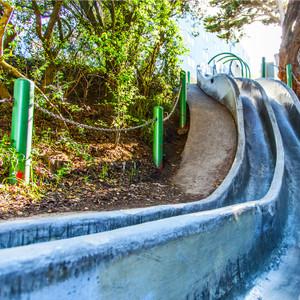 Slide // CA066