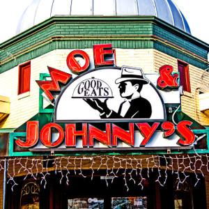 Moe & Johnny's // IND055