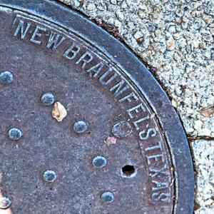 New Braunfels Manhole // SA088