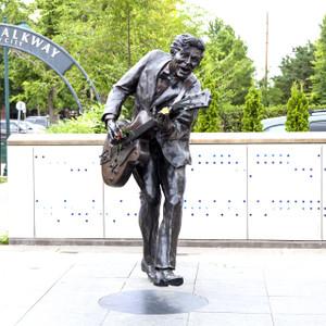Chuck Berry Statue // MO009