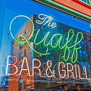 The Quaff Bar & Grill // MO103