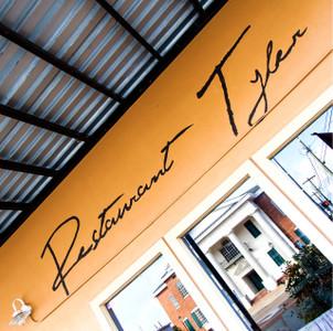 Restaurant Tyler // MS058