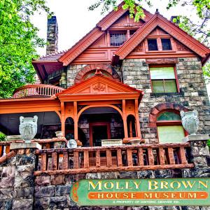 Molly Brown // DEN036