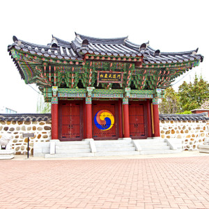 Pagoda // LR081