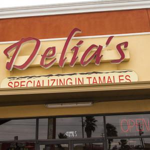 Delia's // SA137