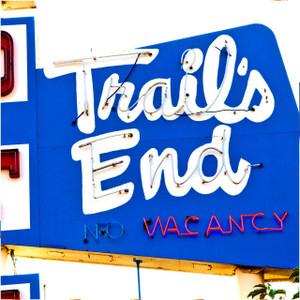 Trail's End // DEN073