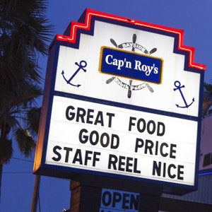 Cap'n Roy's // SA165