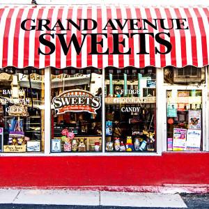 Grand Avenue Sweets // DEN082