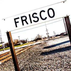 Frisco B&W // DTX209