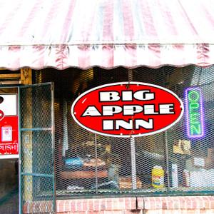 Big Apple Inn // MS003