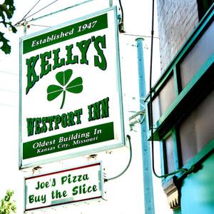 Kelly's // MO070
