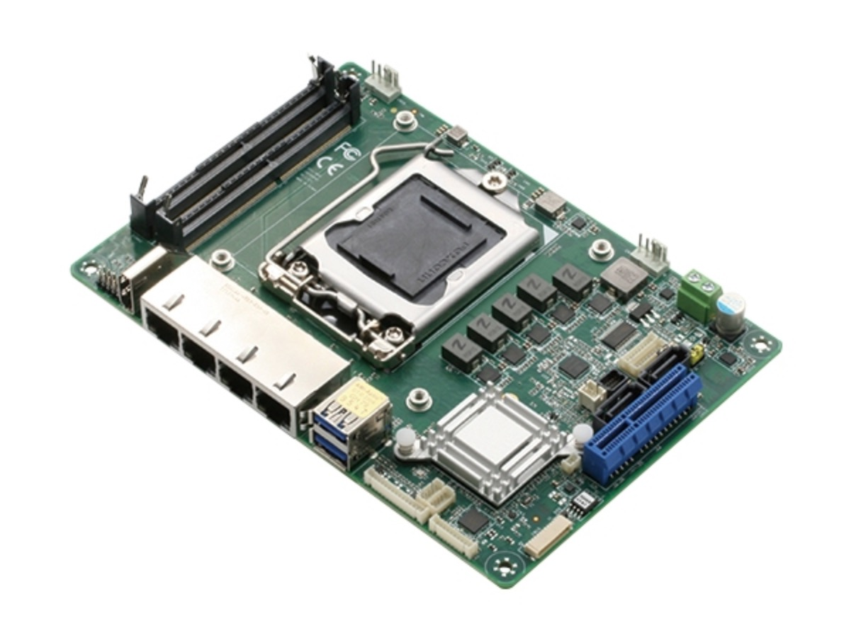 AAEON EPIC-KBS9 Board with 6th/7th Generation Intel Core i-S series Processor