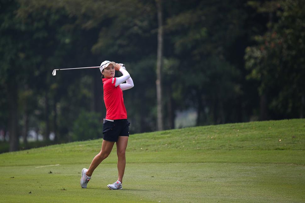 so-yeon-ryu-golfing-lpga-malaysia-tournament