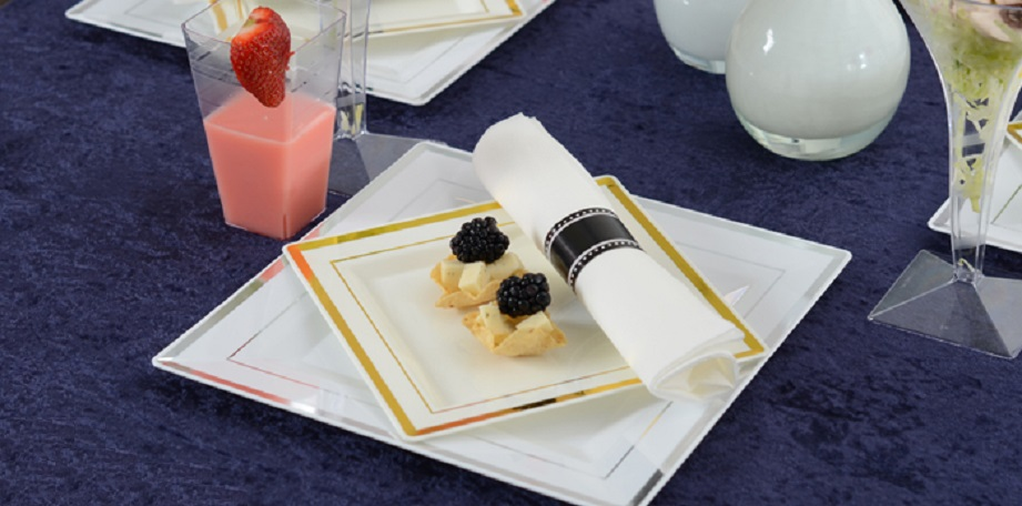 Party Styles: Square Splendor with Napkin Roll