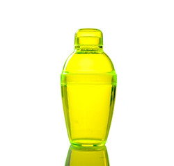 Quenchers 7 oz. Yellow Plastic Cocktail Shakers