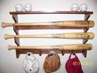 3 bat display, 5 shaker pegs with shelf  GG 203