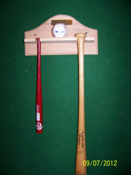 nice display for mini bat, large bat , single ball
