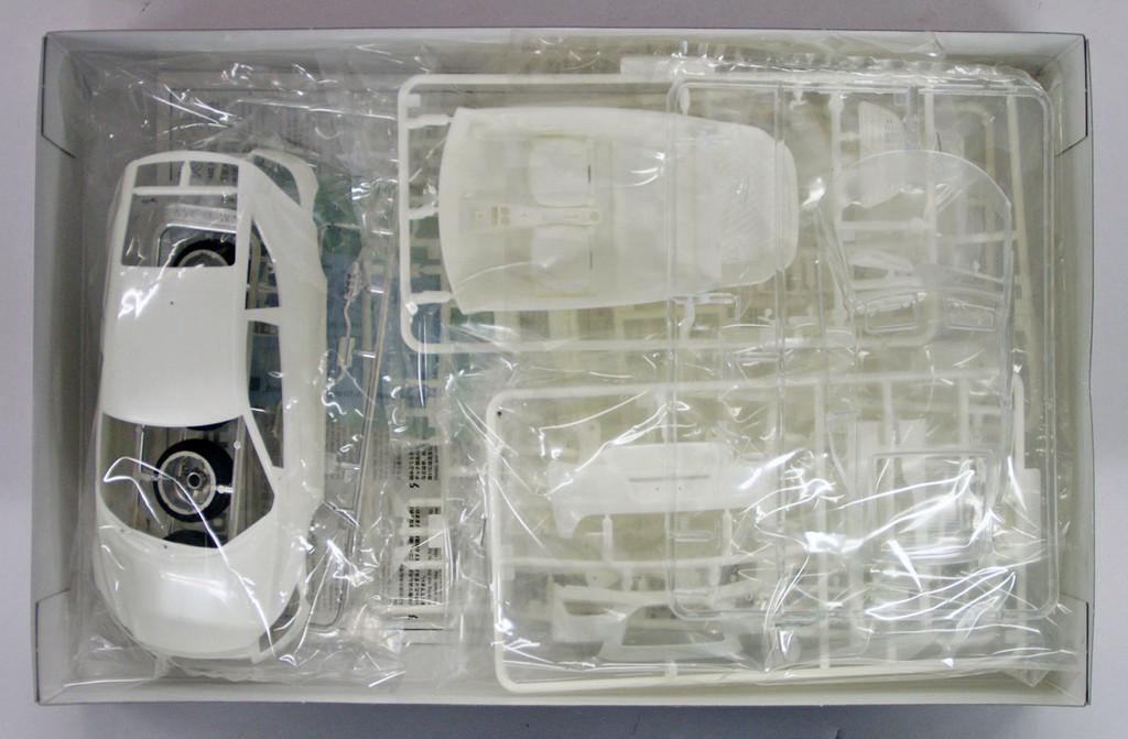 Fujimi ID-168 Honda CR-Z 1/24 Scale Kit
