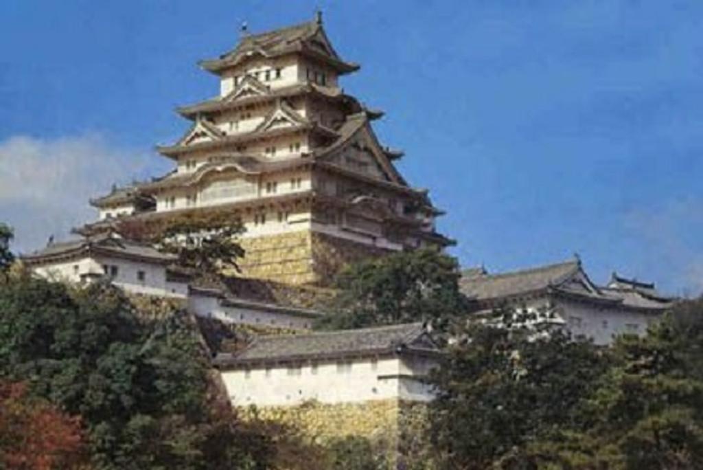 Fujimi Tatemono-18 Himeji Castle 1/500 Scale Kit