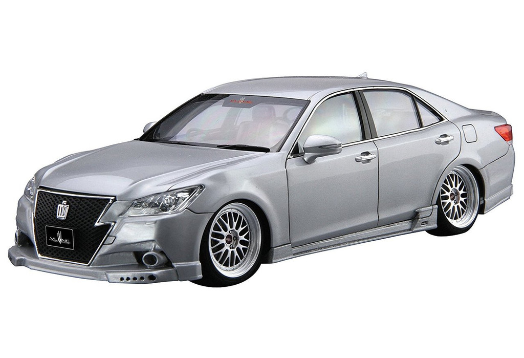 Aoshima 08553 Vlene AWS210 Crown Royalsaloon G '12 1/24 scale kit