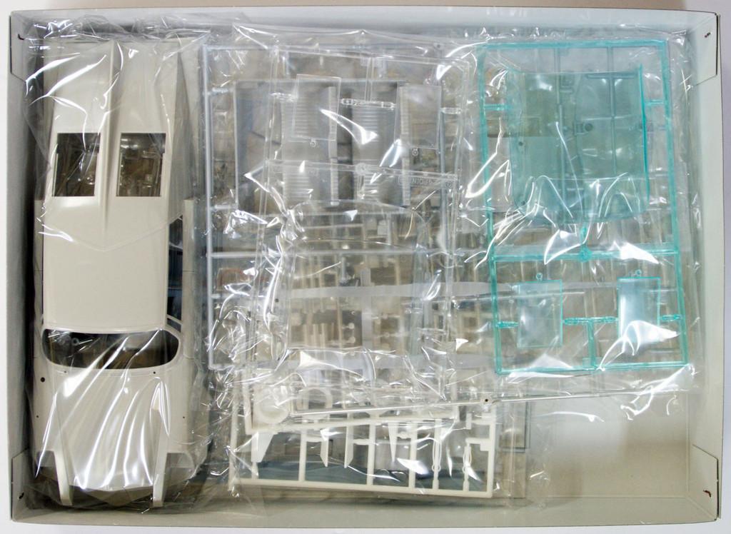Fujimi 091167 Ultraman Ultra Seven Pointer Terrestrial Defense Force PO-1 Perfect Mode 1/24 Scale Kit