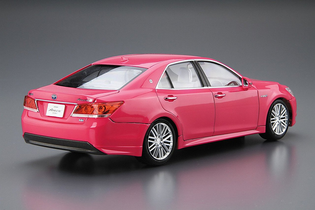 Aoshima 54048 TOYOTA AWS210 CROWN ATHLETE G '13 (PINK) 1/24 Pre-painted model Kit