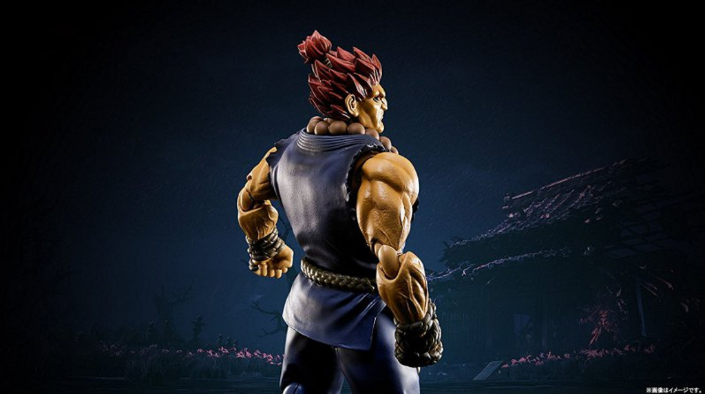 Bandai 192619 S.H. Figuarts Street Fighter Akuma (Gouki) Action Figure