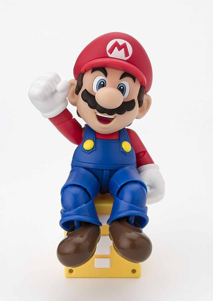 Bandai 221487 S.H. Figuarts Mario New Package Ver. Figure (Super Mario Bros.)