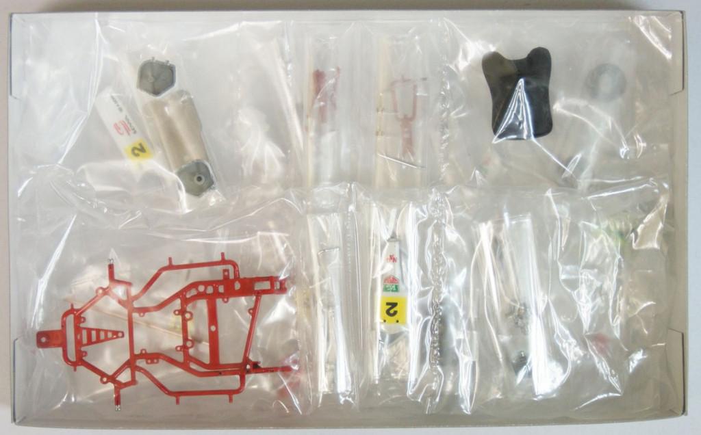 Fujimi KART-SP 091525 Ayrton Senna Kart 1993 (Pre-painted Parts) 1/20 Scale Kit