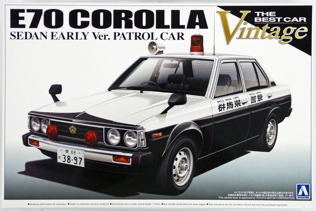 Aoshima 10846 E70 Toyota Corolla Sedan Early Version Patrol Car 1/24 Scale Kit