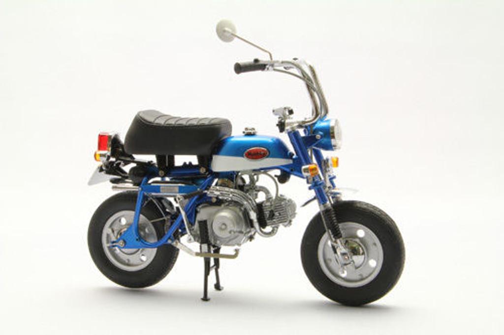 Ebbro 10021 Honda Monkey Z50Z (Blue) 1/10 Scale