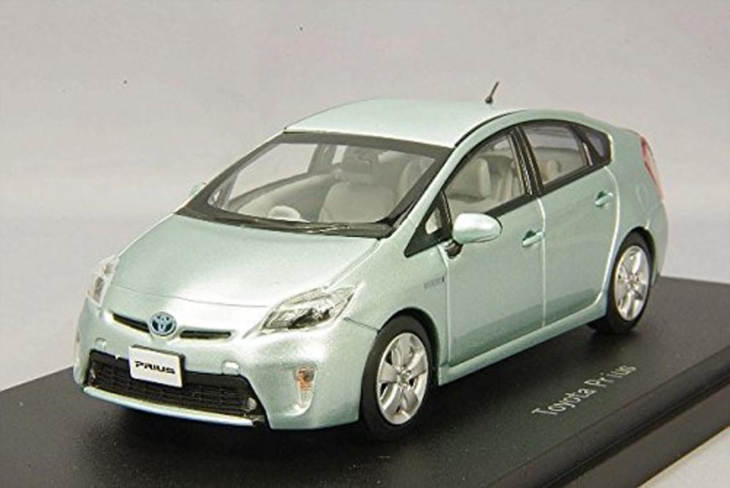 Ebbro 45153 Toyota Prius Frosty Green Mica 1/43 Scale