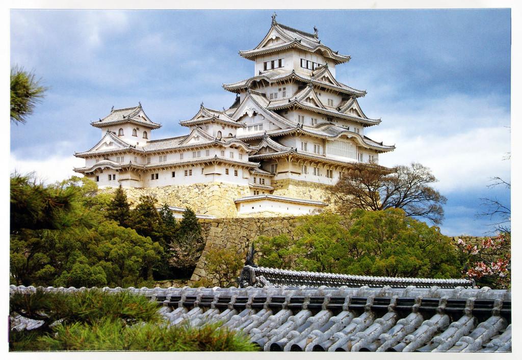 Fujimi Tatemono- 12 Himeji Castle (Japan) 1/300 Scale Kit