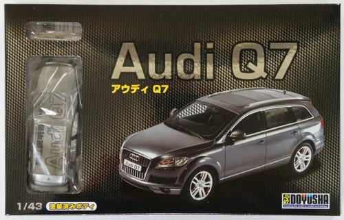 Doyusha 002346 Audi Q7 1/43 Scale plastic model Kit