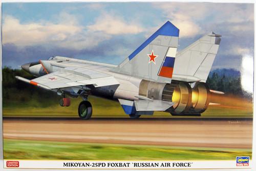 Hasegawa 02213 Mikoyan-25PD Foxbat Russian Air Force 1/72 Scale Kit