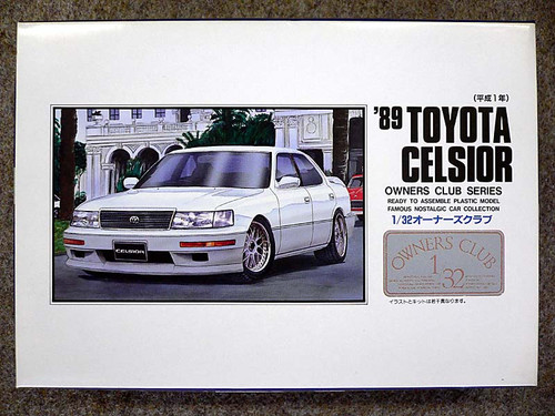Arii Owners Club 1/32 39 1989 Toyota Celsior 1/32 Scale Kit (Microace)