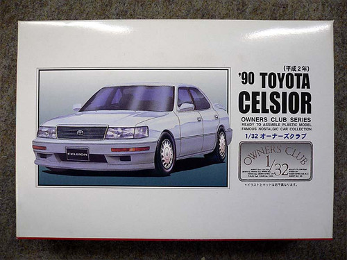 Arii Owners Club 1/32 53 1990 Toyota Celsior 1/32 Scale Kit (Microace)