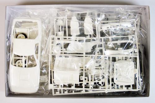 Fujimi ISD-05 Initial D Savanna RX-7 FC3S 1/24 Scale Kit