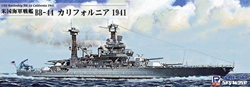 Pit-Road Skywave W-187SP USS Battleship BB-44 California 1941 1/700 scale kit