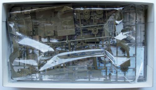 Fine Molds 82001 U.S. Army 1/4-Ton 4x4 Truck (Slat Grille) 1/20 Scale Kit