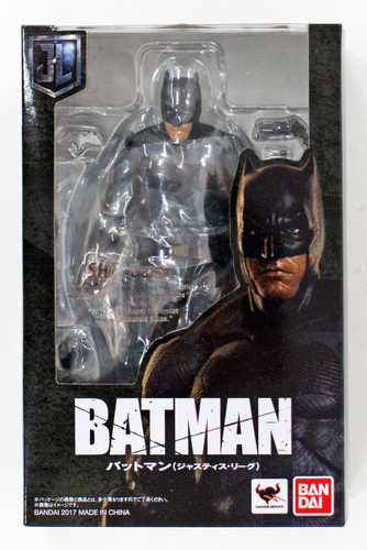 Bandai 197829 S.H. Figuarts Batman (Justice League) Action Figure