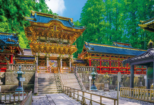 Beverly Jigsaw Puzzle 33-131 World Heritage Nikko Toshogu Shrine Yomeimon Japan (300 Pieces)