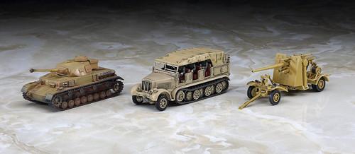 """Hasegawa 30046 Pz.Kpfw IV ausf.F2 & 8t Half Track & 88mm Gun Flak 18 """"Rommel Afrika Korps"""" 1/72 scale kit"""