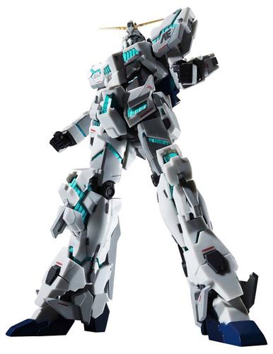 Bandai 239178 Robot Tamashii Gundam UC Unicorn Gundam (Awakened Mode) -Real Marking Ver.- Figure
