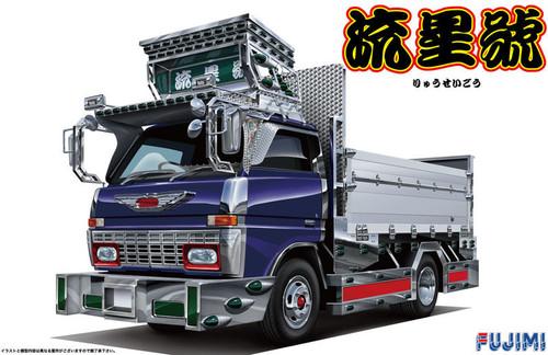 Fujimi TR12 2T Truck Ryusei-Go 1/32 Scale Kit