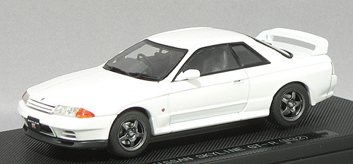 Ebbro 43760 NISSAN SKYLINE GT-R R32 White 1/43 Scale